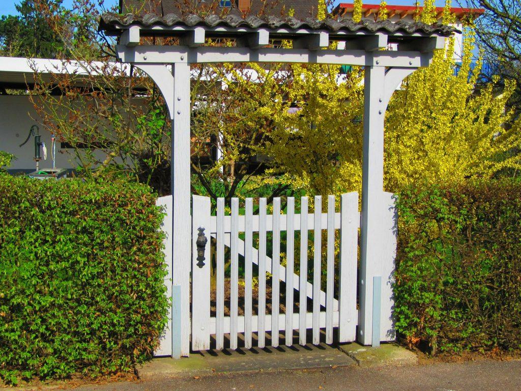 portail-jardin-bois